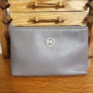 EUC Michael Kors Leather Fulton Cosmetic bag